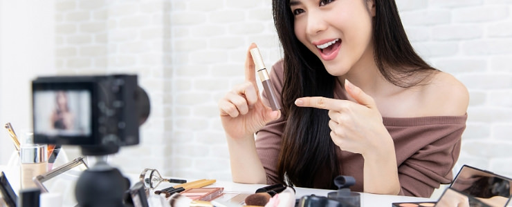 The Best Affiliate Programs for BEAUTY Bloggers and Influencers